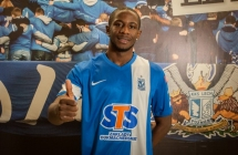 Arnaud Djoum signed a contract with Lech
